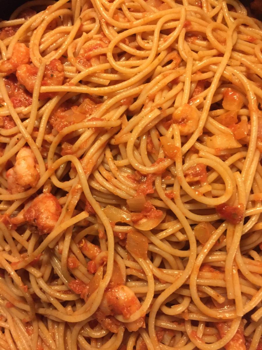 Tomaatti Tonnikala Pasta